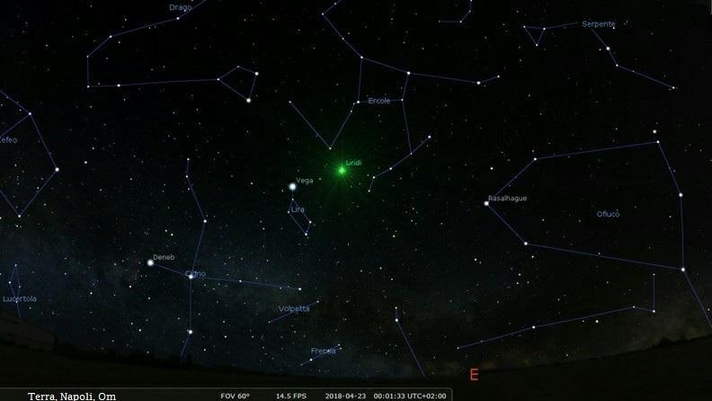 Mappa stellare per l'osservazione delle Liridi.La mappa mostra la posizione della Lira poco dopo la mezzanotte del 22 aprile.