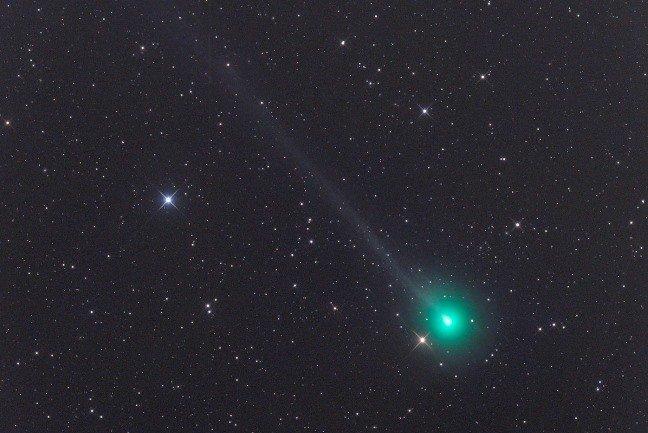 La cometa Swan C2020 F8